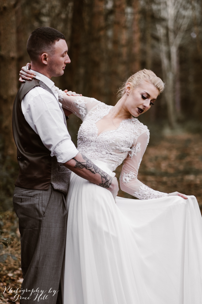 Dark, opulent florals and woodland wedding styling on the English Wedding Blog. Image credit Grace Hill Photography (20)
