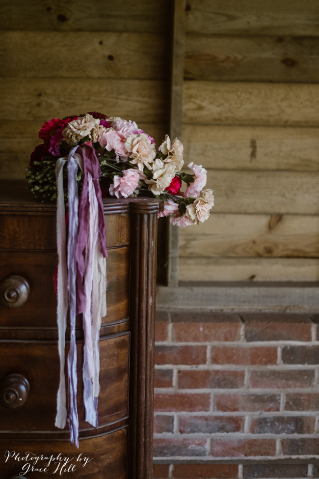 Dark, opulent florals and woodland wedding styling on the English Wedding Blog. Image credit Grace Hill Photography (23)