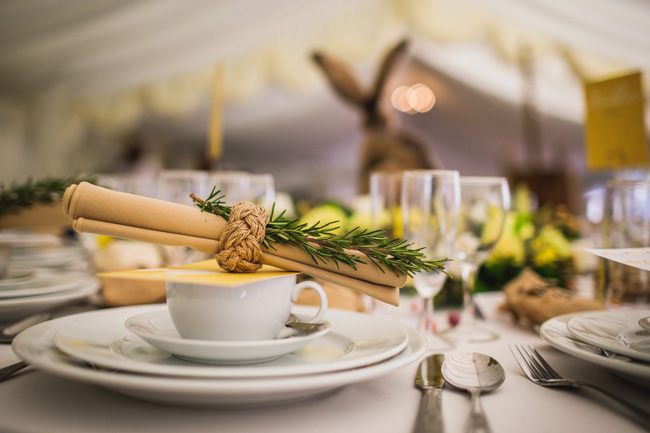 Bright and interesting Easter wedding tables with character on the English Wedding Blog (6)