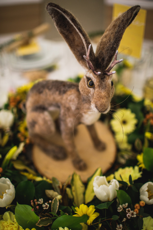 Bright and interesting Easter wedding tables with character on the English Wedding Blog (5)