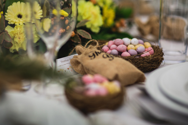 Bright and interesting Easter wedding tables with character on the English Wedding Blog (4)