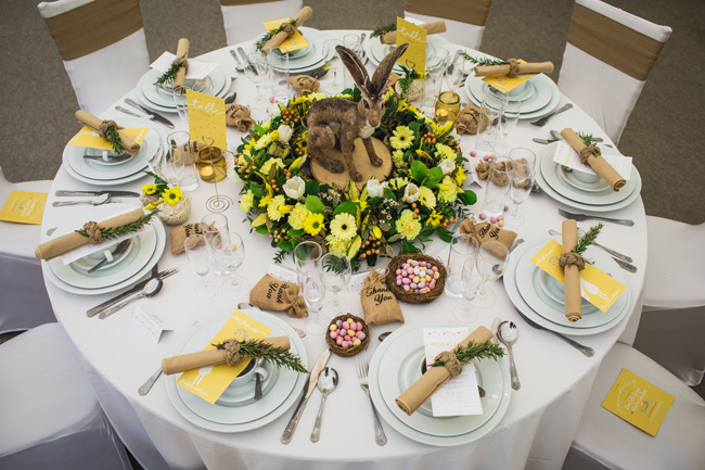 Bright and interesting Easter wedding tables with character on the English Wedding Blog (2)