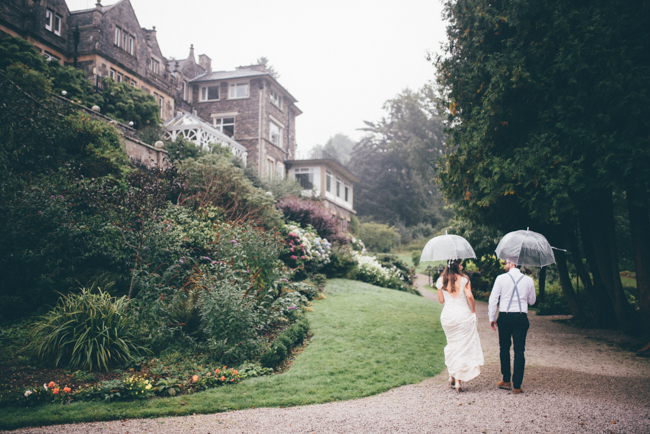 Simple and elegant wedding ideas from the Langdale Chase Hotel, Lake District. Helen Jane Smiddy Photography (20)