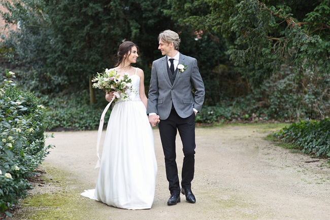Naturally simple and beautiful #weddinginspo with Eva Tarnok Photography on the English Wedding Blog (35)