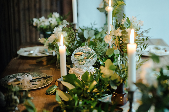 Gorgeous ferns, lush botanicals and glorious wedding stationery in a styled shoot by Sarah Williams Photography (26)