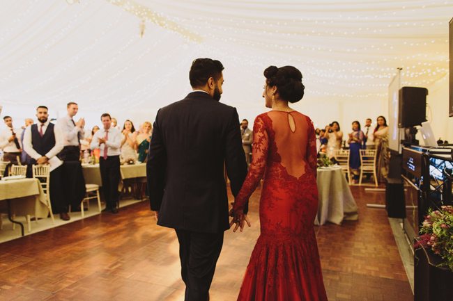 Stunning, vibrant wedding ideas from Sezincote House in Gloucestershire with Luke Hayden Photography (42)