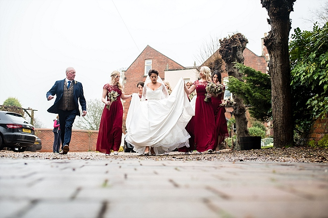 winter wedding styling ideas and gorgeous real wedding images with Damian Burcher Photography (1)