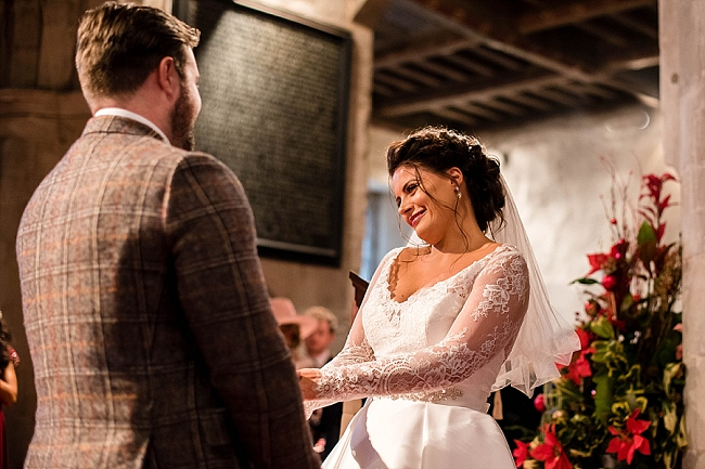 winter wedding styling ideas and gorgeous real wedding images with Damian Burcher Photography (3)