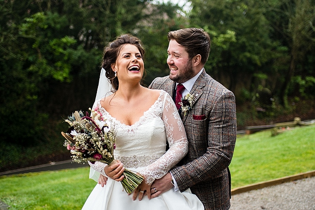 winter wedding styling ideas and gorgeous real wedding images with Damian Burcher Photography (4)
