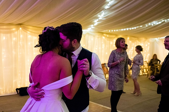 winter wedding styling ideas and gorgeous real wedding images with Damian Burcher Photography (32)