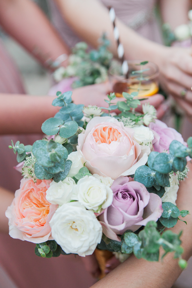 Vibrant autumn colours and tons of styling ideas for a Notley Barn wedding with Amanda Karen Photography (26)