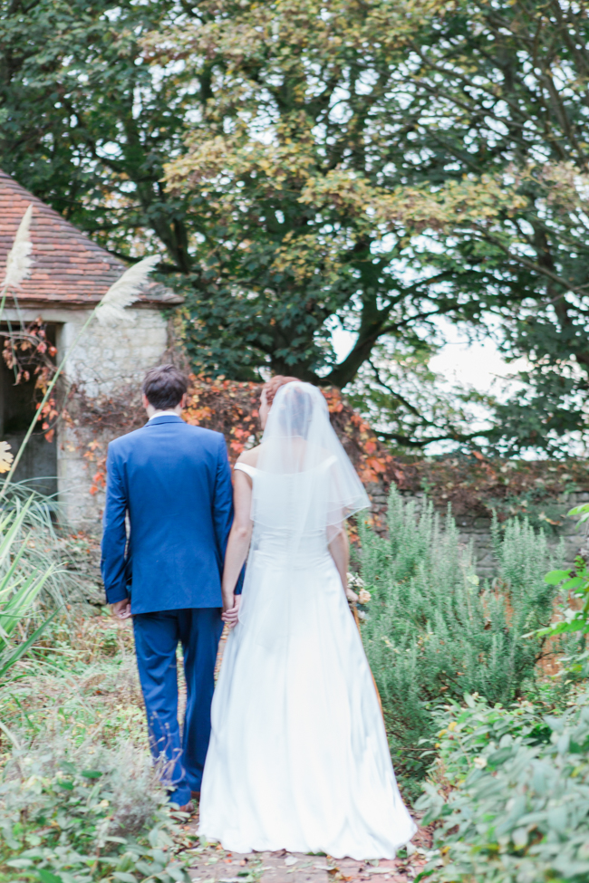 Vibrant autumn colours and tons of styling ideas for a Notley Barn wedding with Amanda Karen Photography (33)