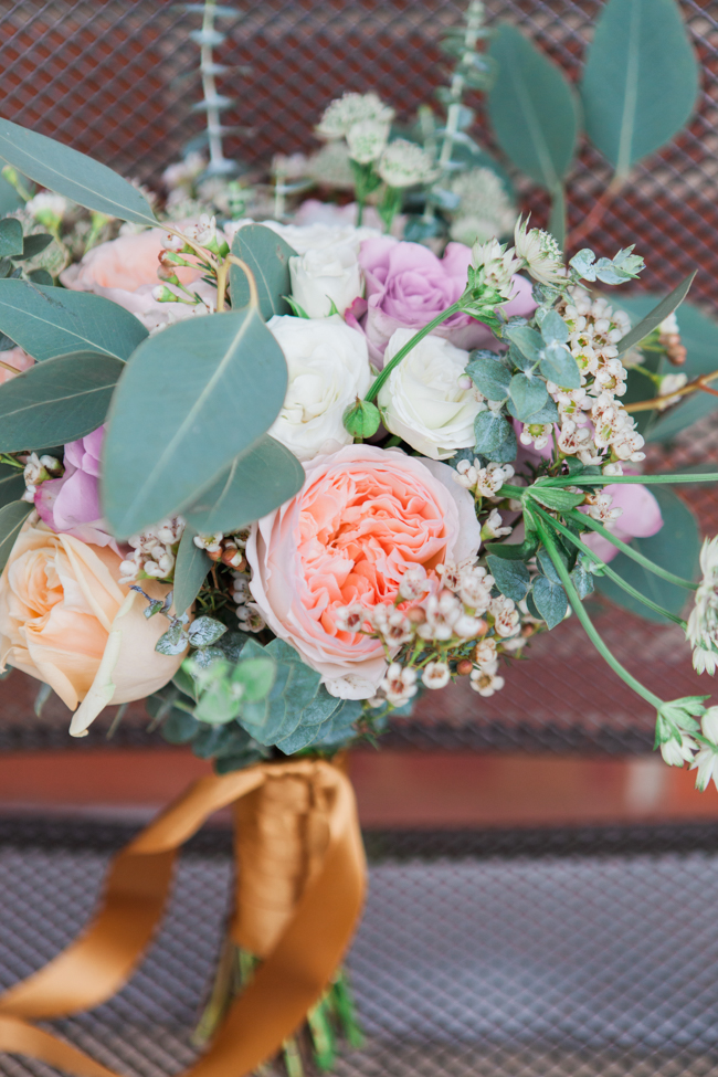 Vibrant autumn colours and tons of styling ideas for a Notley Barn wedding with Amanda Karen Photography (2)