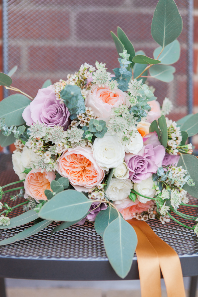Vibrant autumn colours and tons of styling ideas for a Notley Barn wedding with Amanda Karen Photography (3)