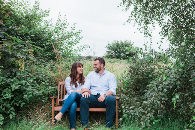 Relaxed and natural engagement shoots in London with lovely Amanda Karen Photography (6)