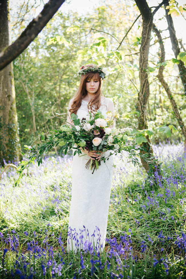 Love and bluebells - a dreamy springtime wedding shoot in Cornwall with Andrea Kuehnis Photography (3)