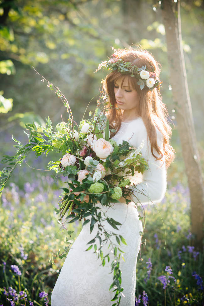 Love and bluebells - a dreamy springtime wedding shoot in Cornwall with Andrea Kuehnis Photography (24)