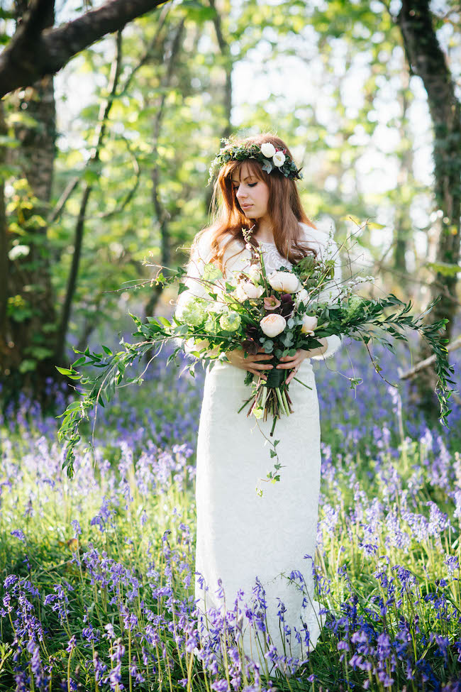 Love and bluebells - a dreamy springtime wedding shoot in Cornwall with Andrea Kuehnis Photography (25)