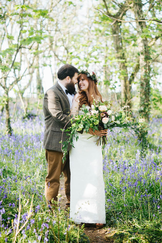 Love and bluebells - a dreamy springtime wedding shoot in Cornwall with Andrea Kuehnis Photography (10)