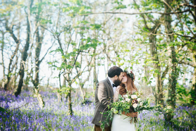 Love and bluebells - a dreamy springtime wedding shoot in Cornwall with Andrea Kuehnis Photography (11)