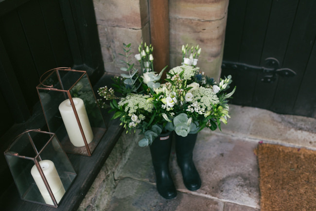 Navy and copper for a rustic restaurant wedding in Herefordshire with Che Birch-Hayes Photography (19)