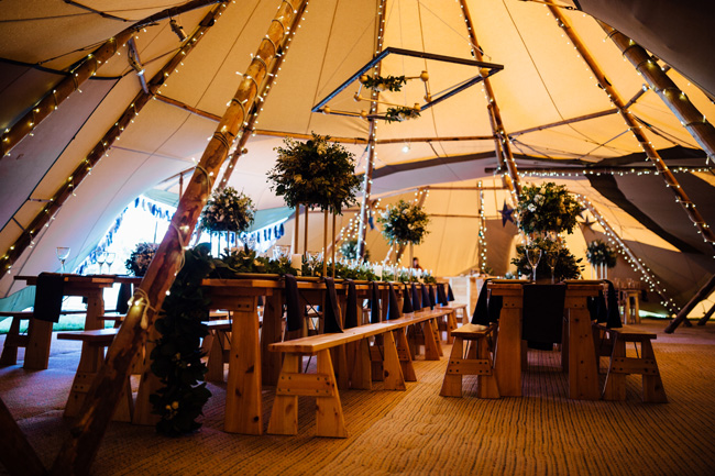 Tipi wedding ideas in Derbyshire, with Humpston and Bull Photography (2)