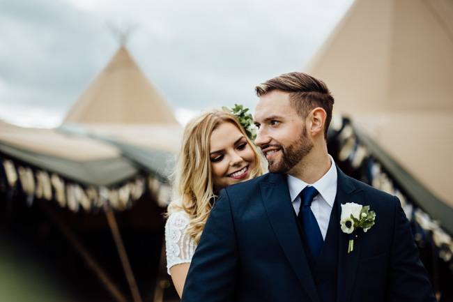 Tipi wedding ideas in Derbyshire, with Humpston and Bull Photography (14)