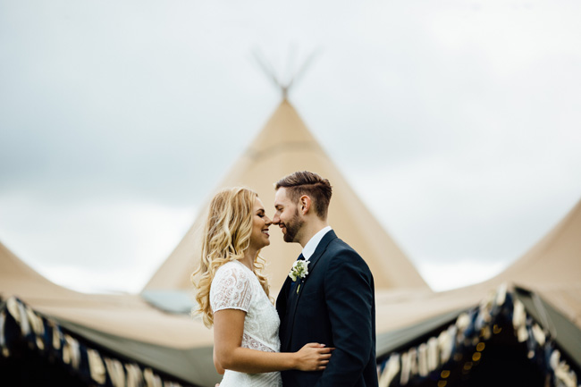 Tipi wedding ideas in Derbyshire, with Humpston and Bull Photography (16)