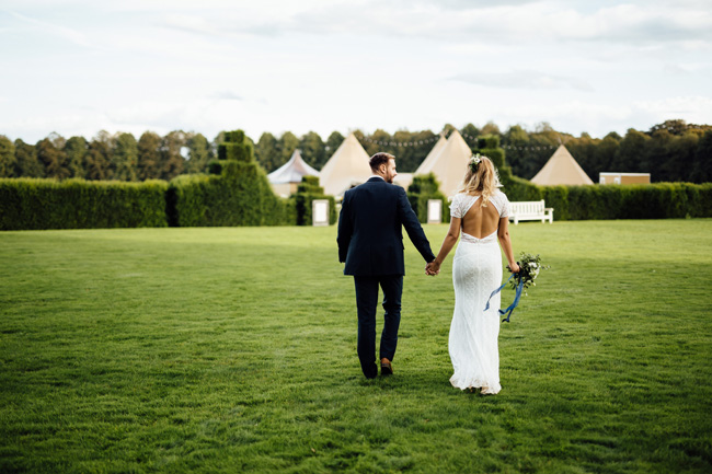 Tipi wedding ideas in Derbyshire, with Humpston and Bull Photography (25)