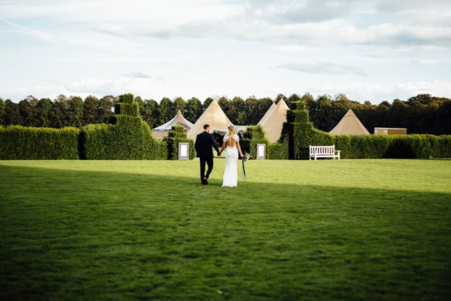 Tipi wedding ideas in Derbyshire, with Humpston and Bull Photography (26)