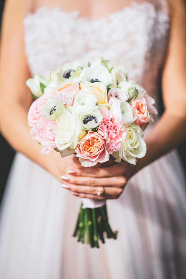 Rose gold and blush whimsical wedding ideas (13)