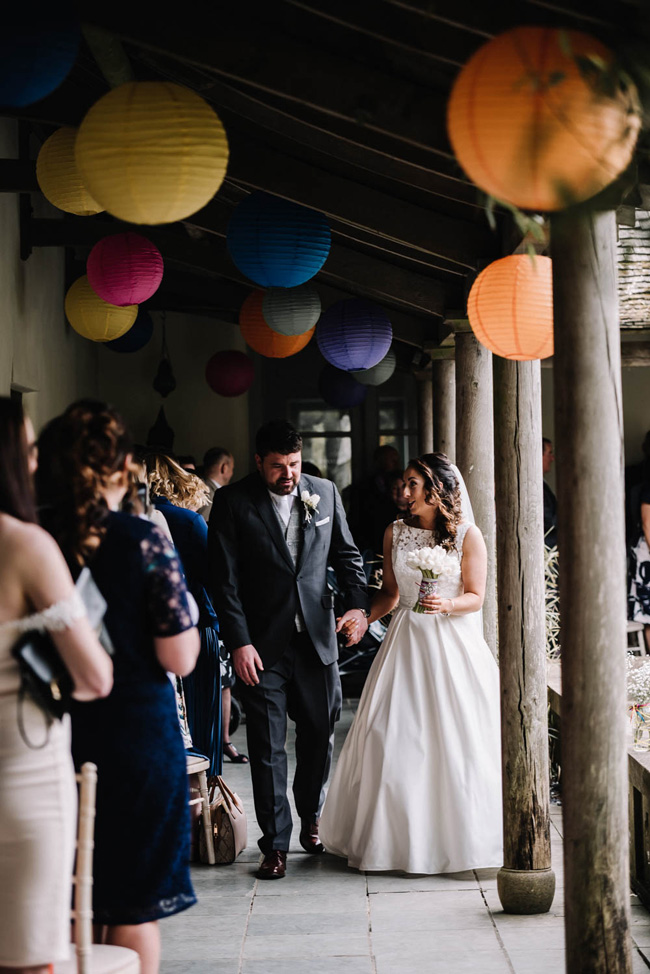 Bright and colourful spring wedding styling at the Matara Centre on the English Wedding Blog with Oobaloos Photography (22)