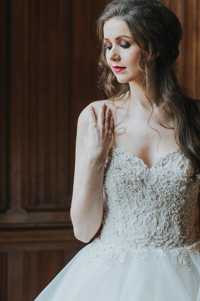 Gothic and glamorous wedding inspo from Carlton House in Yorkshire with Laura Calderwood Photography (11)