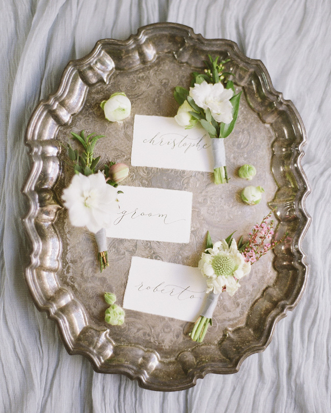 Simple wedding styling ideas for a fine art wedding, image by Lara Rios Photography (7)