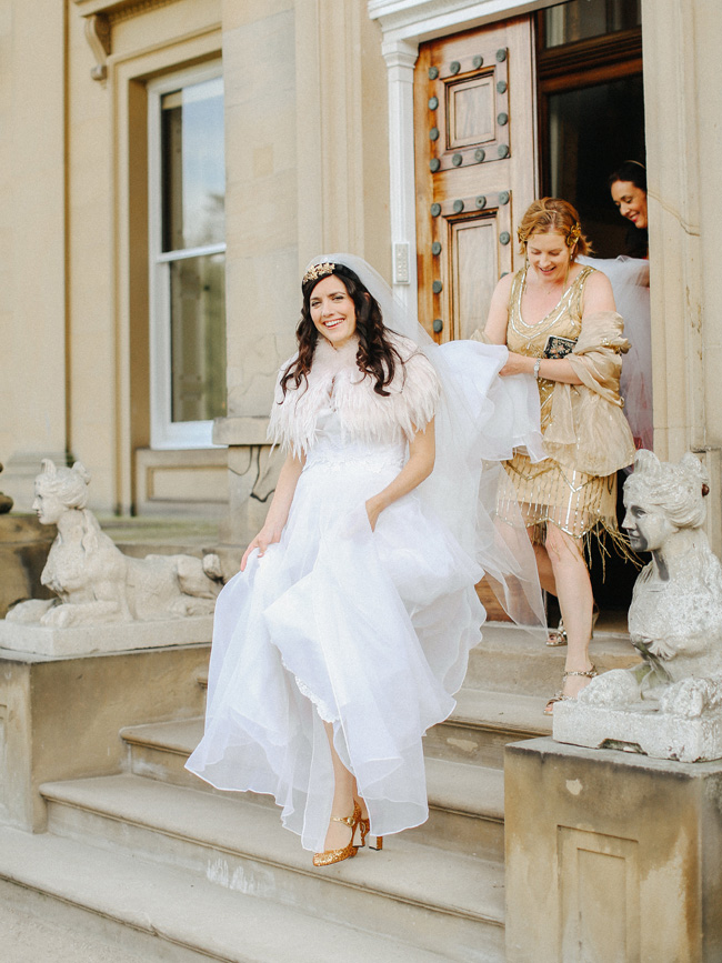 Fabulous inspo for a 1920s vintage wedding at Broughton Hall on the English Wedding Blog (9)