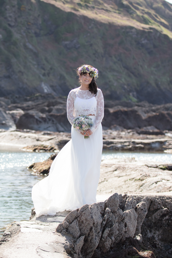 Boho wedding inspiration from Tunnels Beaches Devon. Image credit Evolve Photography (19)