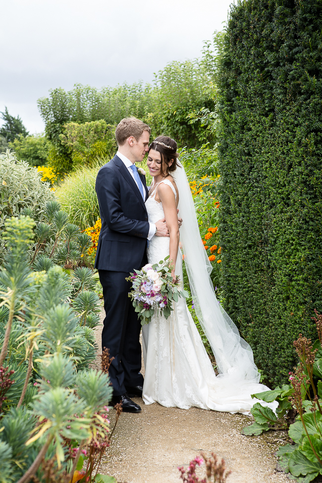 Stunning English summer wedding inspo with Verity Quirk Photography (15)
