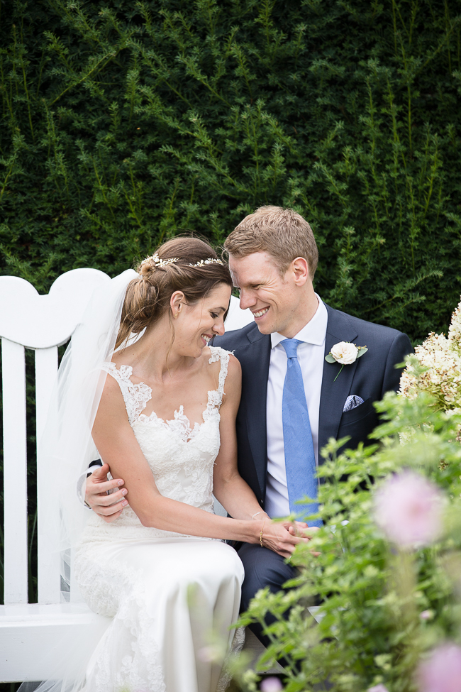 Stunning English summer wedding inspo with Verity Quirk Photography (23)