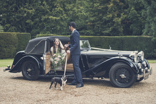 1930s true vintage wedding styling from Sprivers Mansion in Kent, with Sandra Reddin Photography (10)