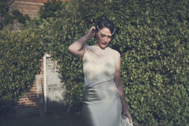 1930s true vintage wedding styling from Sprivers Mansion in Kent, with Sandra Reddin Photography (19)