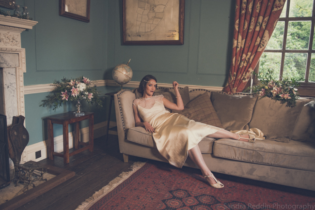 1930s true vintage wedding styling from Sprivers Mansion in Kent, with Sandra Reddin Photography (25)