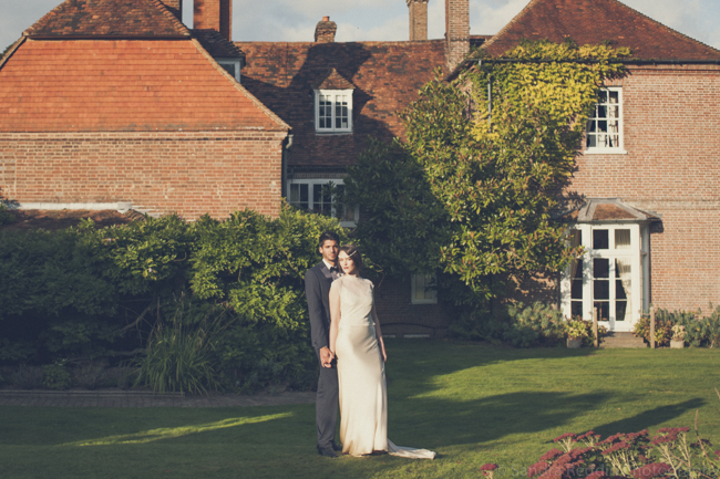 1930s true vintage wedding styling from Sprivers Mansion in Kent, with Sandra Reddin Photography (33)