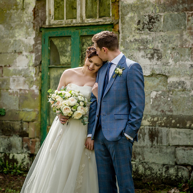Wedding inspiration by Emma Jane at Sugnall, image credit Deborah Stott (28)