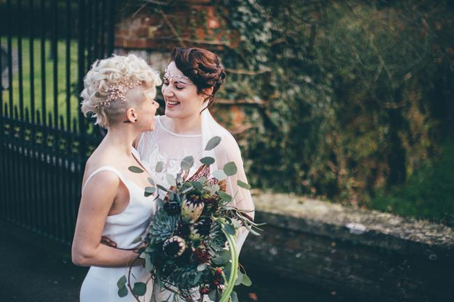Beautiful winter wedding styling at Lainston House with Hayley Savage Photography (8)