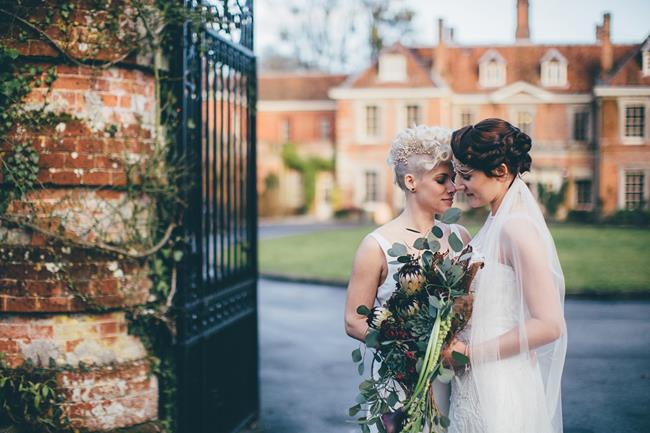 Beautiful winter wedding styling at Lainston House with Hayley Savage Photography (9)