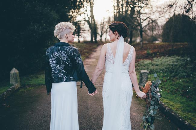 Beautiful winter wedding styling at Lainston House with Hayley Savage Photography (10)