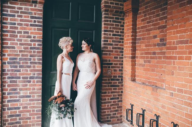 Beautiful winter wedding styling at Lainston House with Hayley Savage Photography (16)