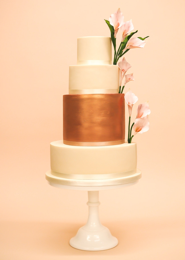 Tiered and single tier wedding cake inspiration by Rosalind Miller Cakes (15)