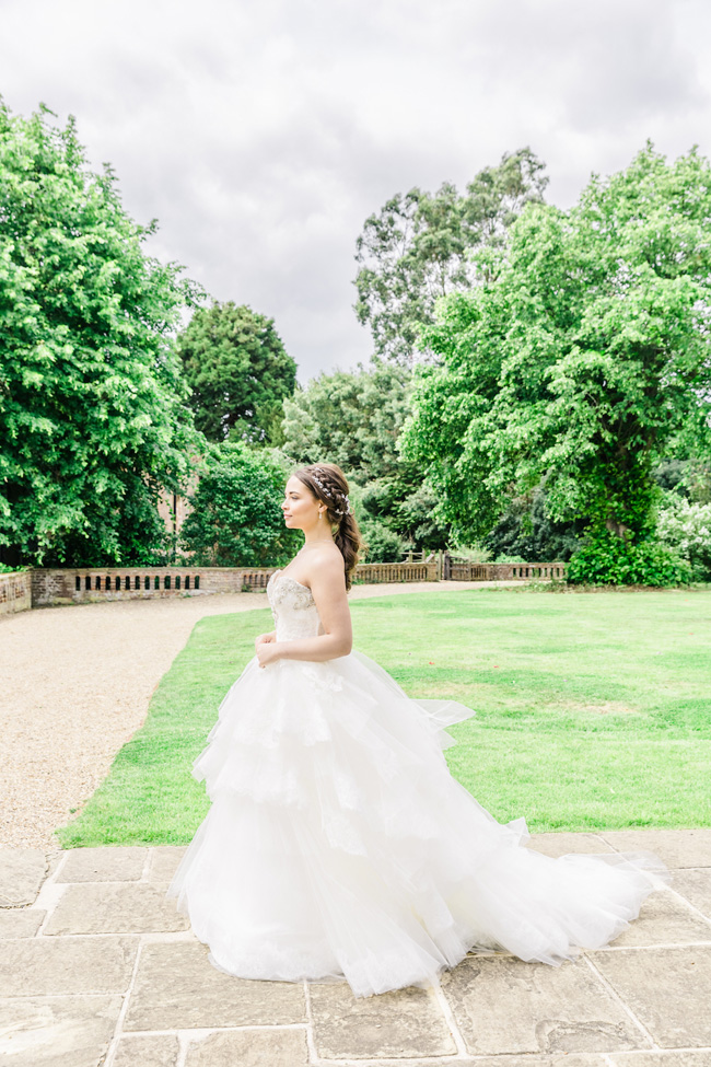 Light, bright wedding styling ideas from Layer Marney Essex with Ayshea Goldberg Photography (18)
