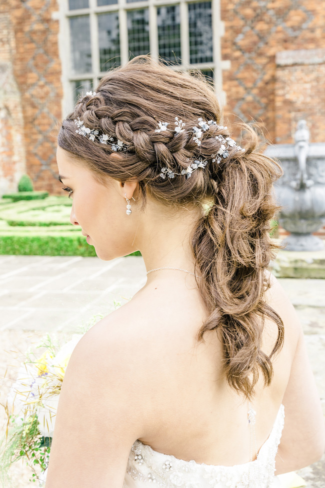 Light, bright wedding styling ideas from Layer Marney Essex with Ayshea Goldberg Photography (21)